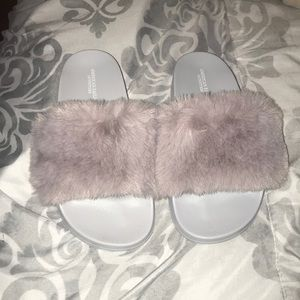 Slippers purple